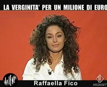 raffaella fico le iene Italia1 foto