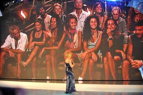 Simona ventura arriva sull'isola dei famosi Foto