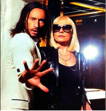 Bob Sinclar e Raffaella Carrà nel remix di A far l'amore comincia tu Foto