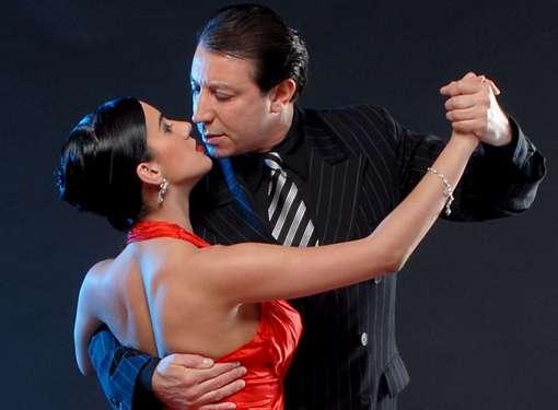 Foto di Miguel Angel Zotto e la sua compagna Daiana Guspero