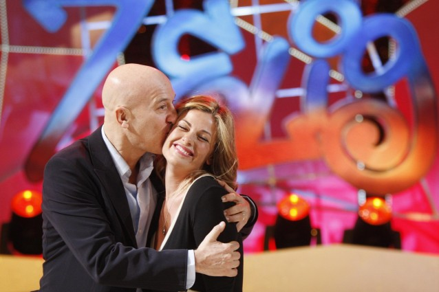 Vanessa Incontrada e Claudio Bisio Zelig Canale5 Foto