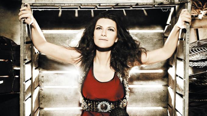 Laura Pausini cover di Benvenuto 2011
