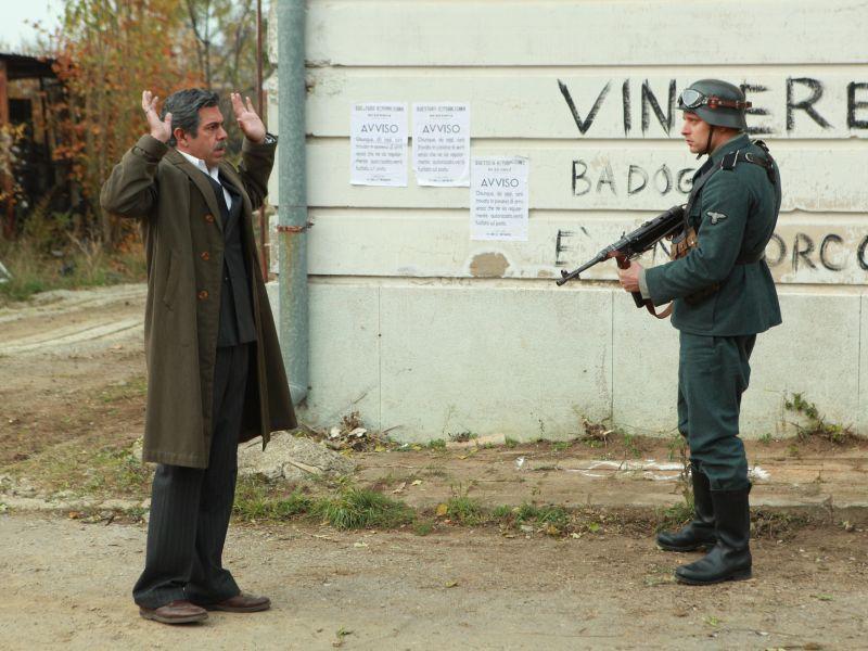 TV: BOSCHIERO DENUNCIA LA CENSURA DEL 'VIVA IL RE' NELLA FICTION SUL GENERALE DELLA ROVERE