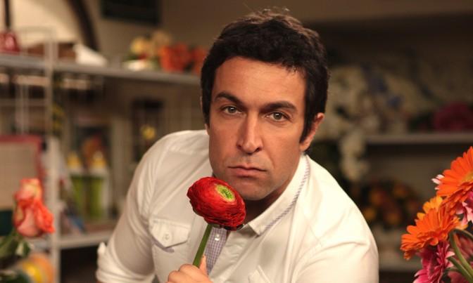 Pietro Taricone in tutti pazzi per amore raiuno 2010