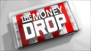 Gerry Scotti conduce The Money Drop su Canale 5