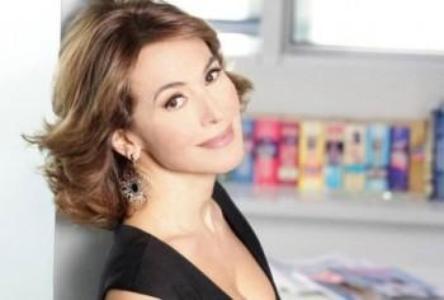 Barbara D'Urso torna la Dottoressa Giò dopo anni