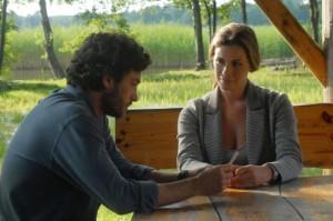 Alessio Boni e Vanessa Incontrada nella fiction I cerchi nell'acqua