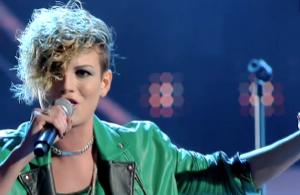 Emma Marrone sul palco di Sanremo 2012