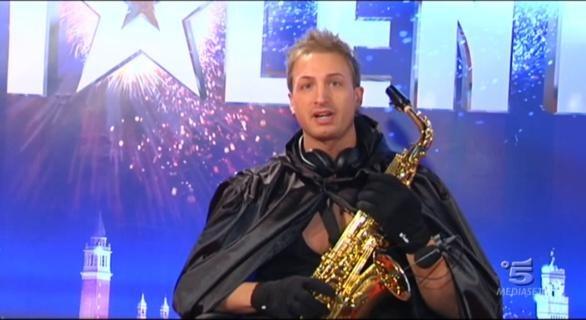 Italias-Got-Talent-3-Thomas-De-Gobbi