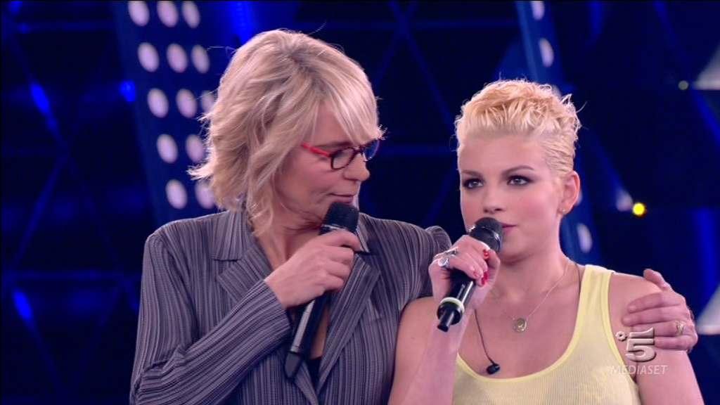 emma-canta-bella-senz-anima-amici-11