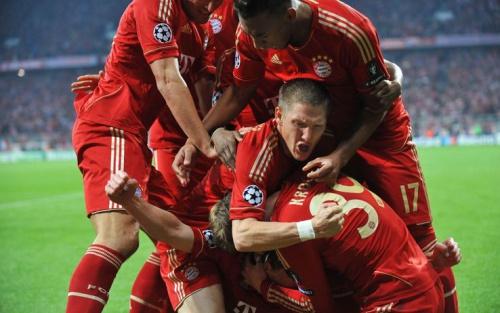 La Champions vince la serata