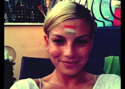 Emma sbaglia il tricolore