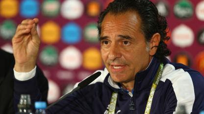Euro 2012. Prandelli non lascia l'Italia