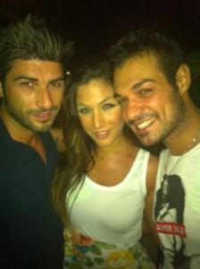 Leonardo Greco si diverte in discoteca con una ex tronista