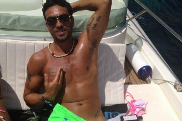 Foto di Costantino Vitagliano in barca