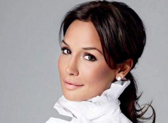 Nicole Minetti, servizio fotografico