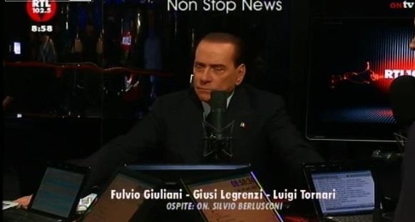 Silvio Berlusocni va a Servizio pubblico