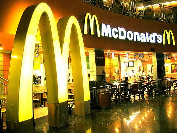 McDonald's: polemica sullo spot per le tremila assunzioni