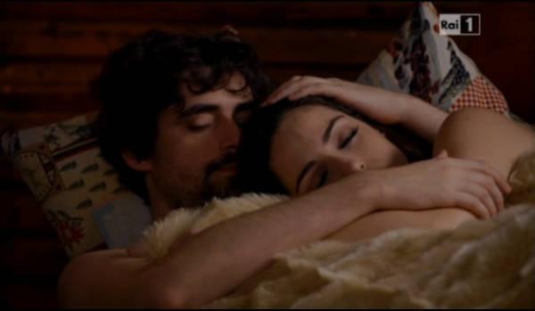 Foto Un Medico in Famiglia 9 scena Lorenzo e Sara