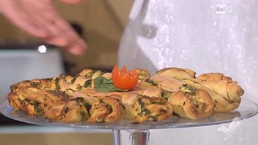 foto pizza ricotta e spinaci