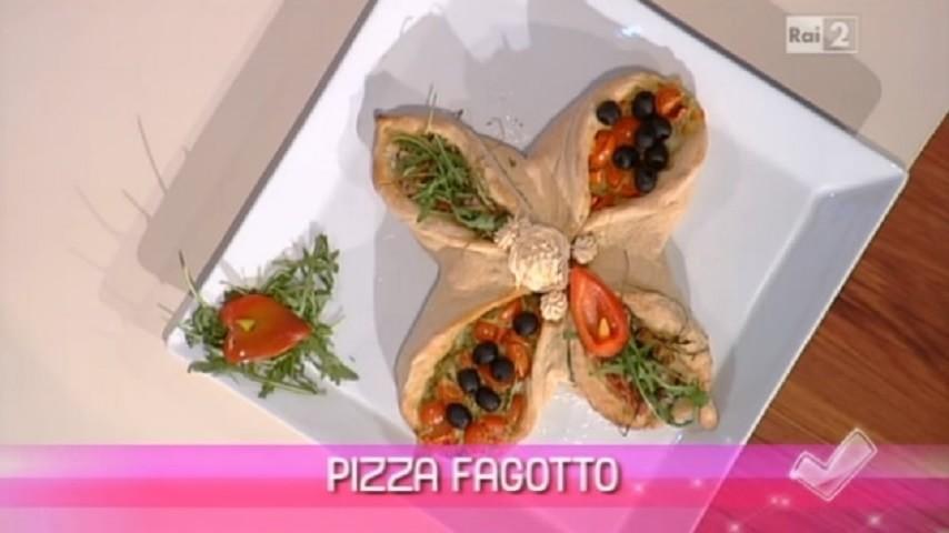 foto pizza fagotto