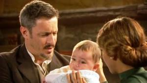 foto il segreto emilia trova un bambino