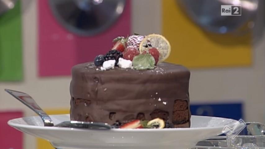 foto torta con confettura di bosco