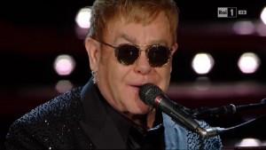 foto Elton John sanremo