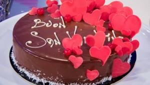 foto torta glassata al cioccolato