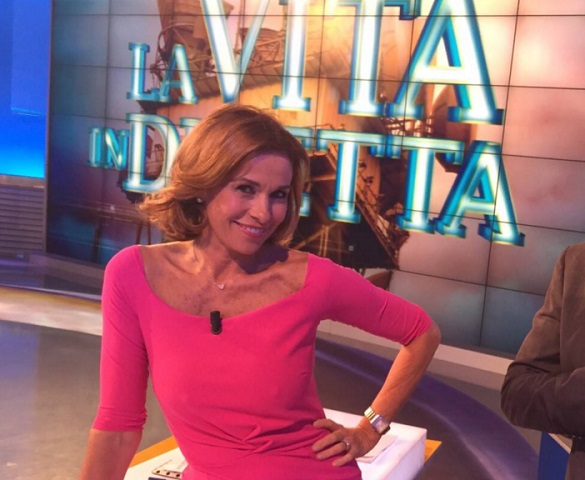 foto Cristina Parodi in rosa