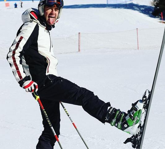 foto Andrea Damante sulla neve