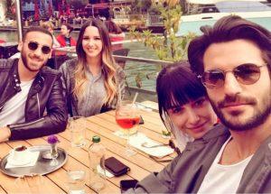 foto Serkan Cayoglu e Ozge Gurel aperitivo