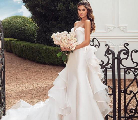 Foto Belen in abito da matrimonio