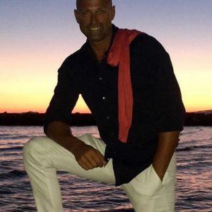 foto Stefano Bettarini al tramonto