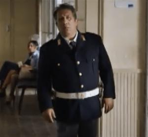 Foto dell'attore Angelo Russo, che ne Il Commissario Montalbano interpreta il personaggio dell'agente Catarella