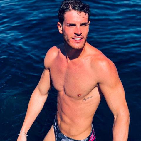 foto temptation island vip giordano mazzocchi con una tentatrice foto