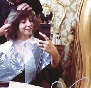 foto lara cambia colore di capelli