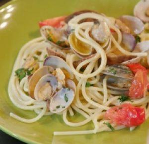 Foto spaghetti affumicati pomodorini vongole Ricette all'italiana