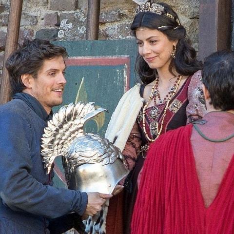 Foto I Medici 2 Lorenzo e Lucrezia