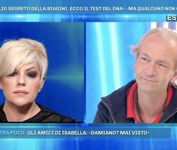 foto manuela villa e il figlio segreto di isabella biagini