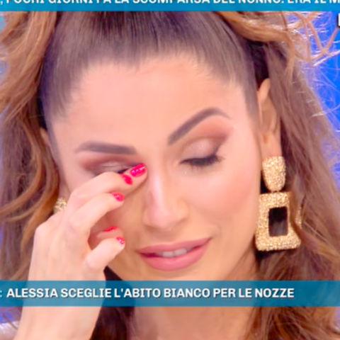 foto Alessia Macari piange domenica live