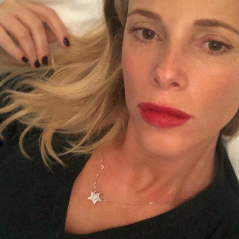 foto Alessia Marcuzzi figlia caduta sbatte la testa