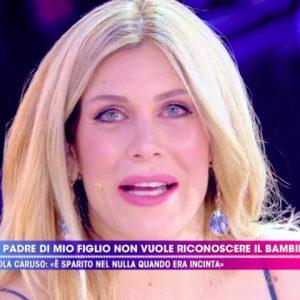 foto Paola Caruso live non è la d'urso replica Francesco Caserta