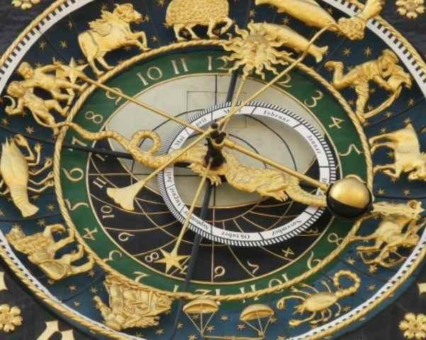 Foto Oroscopo segni oro Paolo Fox