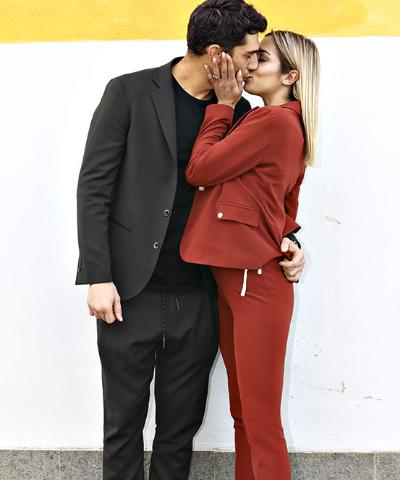 foto di Jeremias Rodriguez e Soleil Sorge al Maurizio Costanzo Show