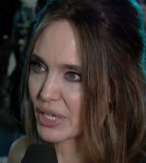foto Angelina Jolie a Storie Italiane