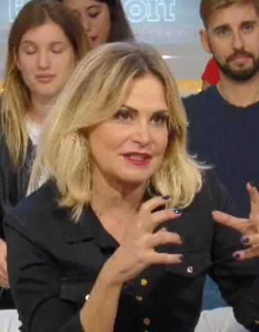 foto Simona Ventura a La Domenica Ventura, 6 ottobre
