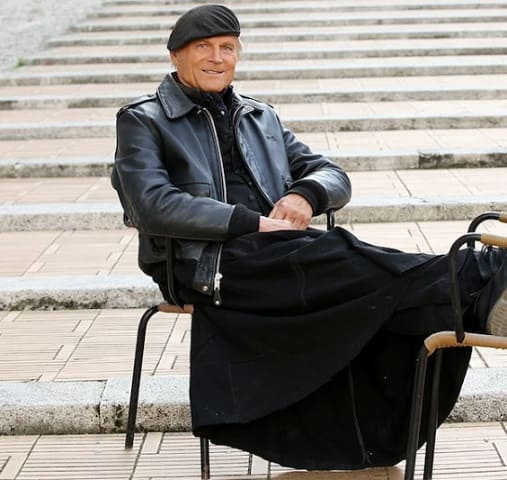 foto Terence Hill Don Matteo 12