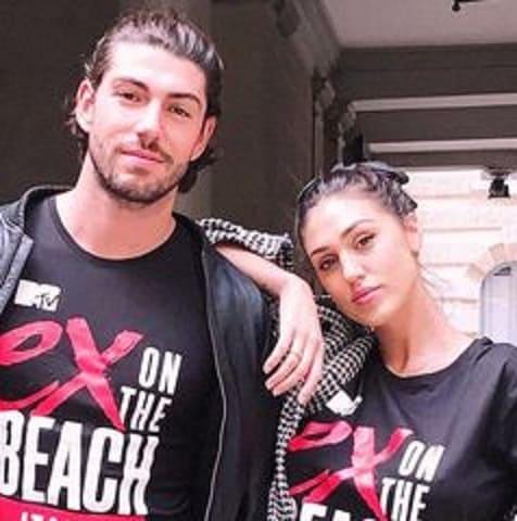 foto Ignazio e Cecilia Ex on the beach
