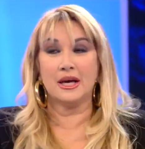 foto Simona Tagli contro Zequila
